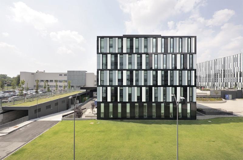 Edificio b5 per rcs mediagroup blog premio architettura for 2 piani di costruzione di edifici in metallo